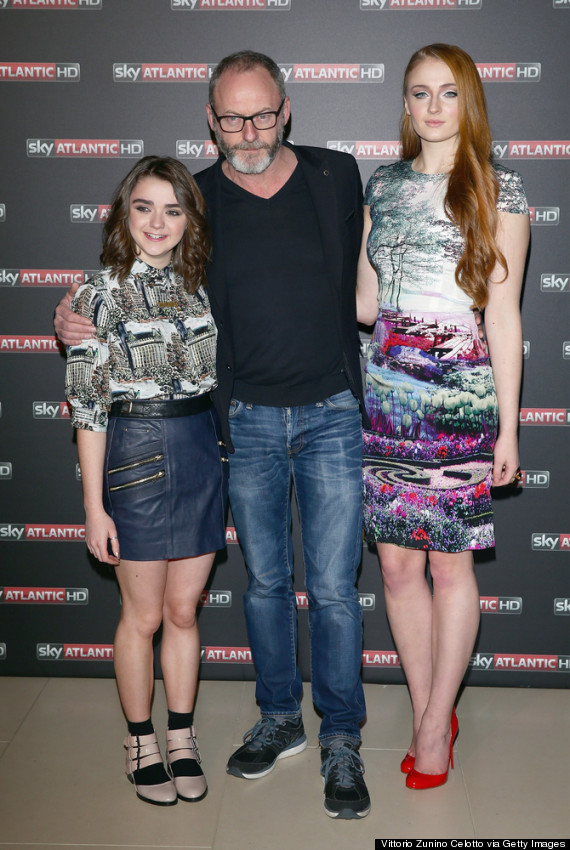 The Gallery For Gt Sophie Turner Maisie Williams Isaac