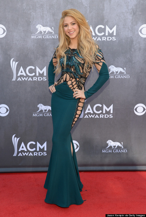 Shakira Wows In Slinky Cut-Out Dress At ACM Awards | HuffPost