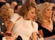 Taylor Swift Dances To 'Wagon Wheel' At ACM Awards