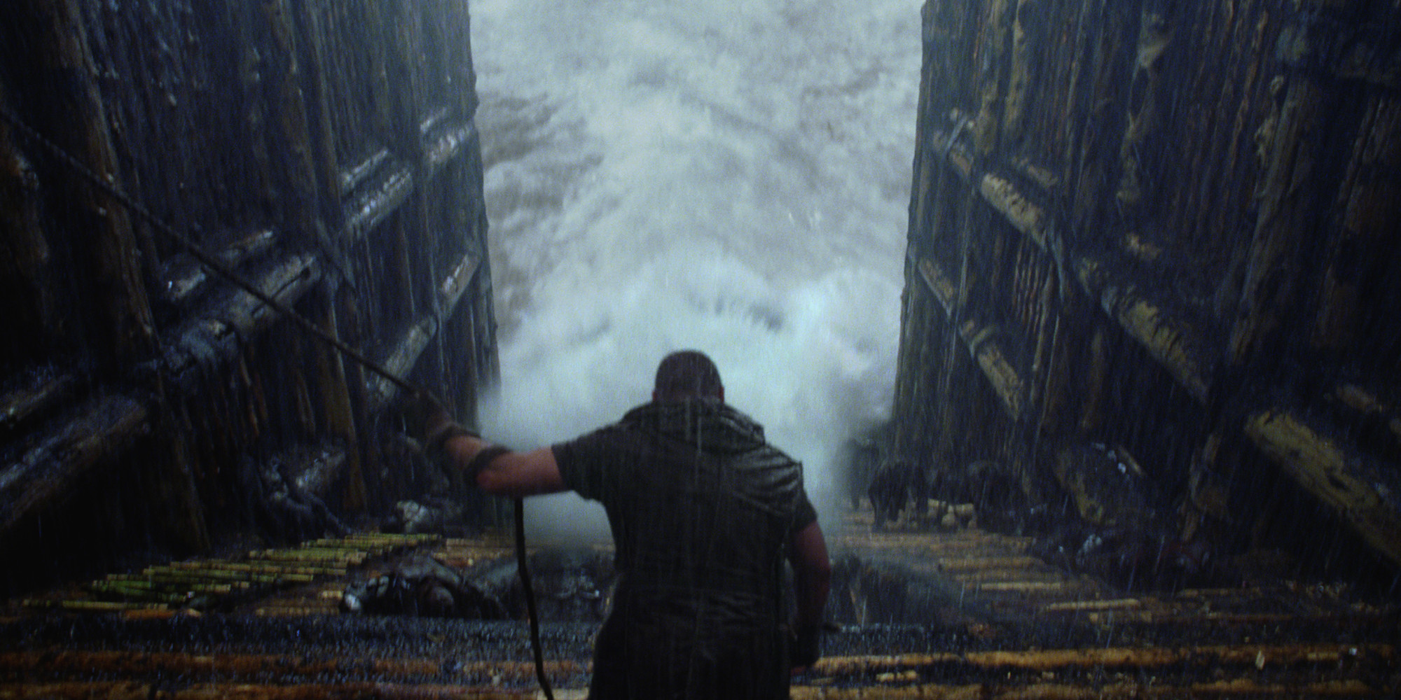 'Noah' Screening Canceled After Movie Theater Floods ...
