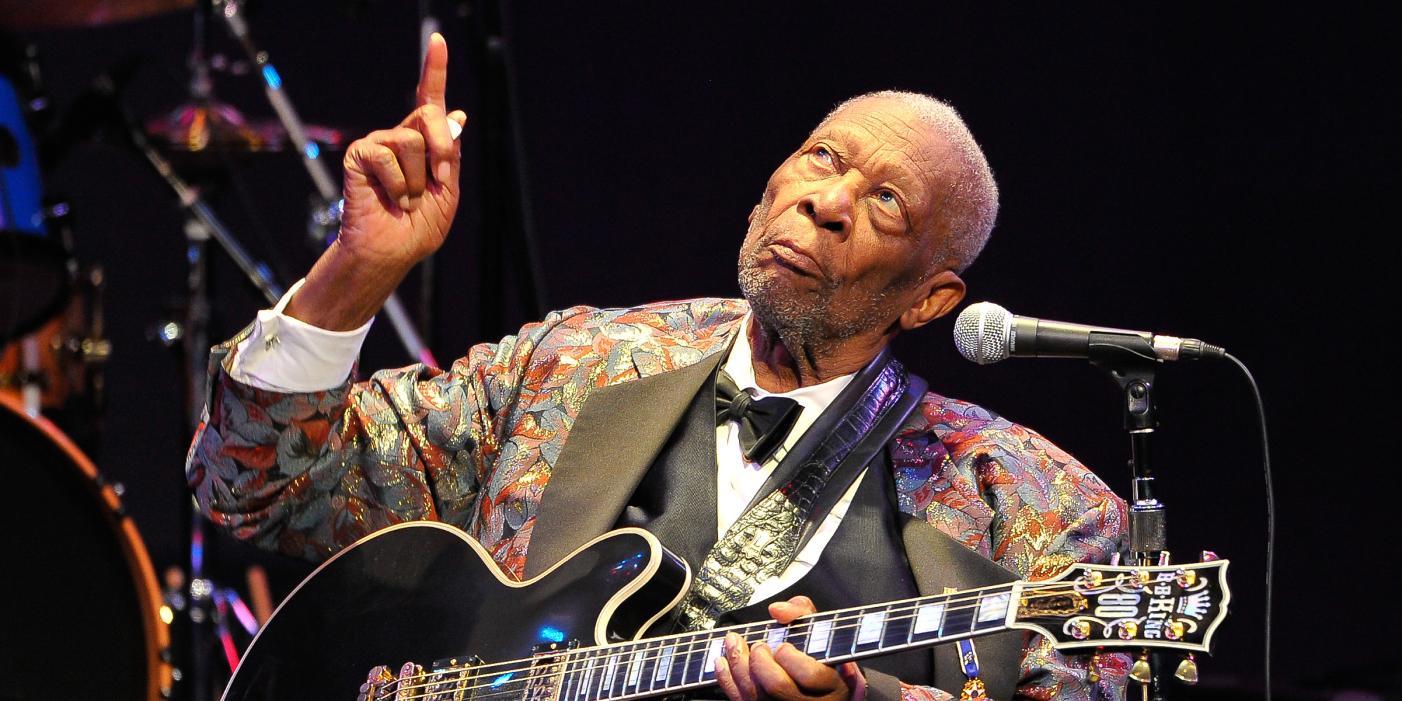 erratic b b king performance leads to early departures for fans huffpost. Black Bedroom Furniture Sets. Home Design Ideas