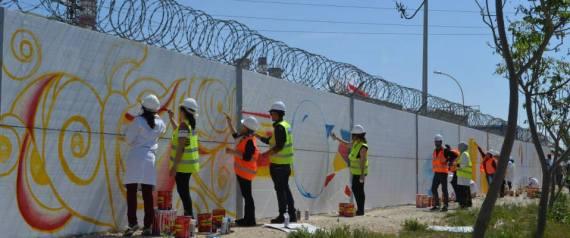 Tunisie: Atelier peinture sur les murs de la société tunisienne de l'électricité et du gaz (PHOTOS)