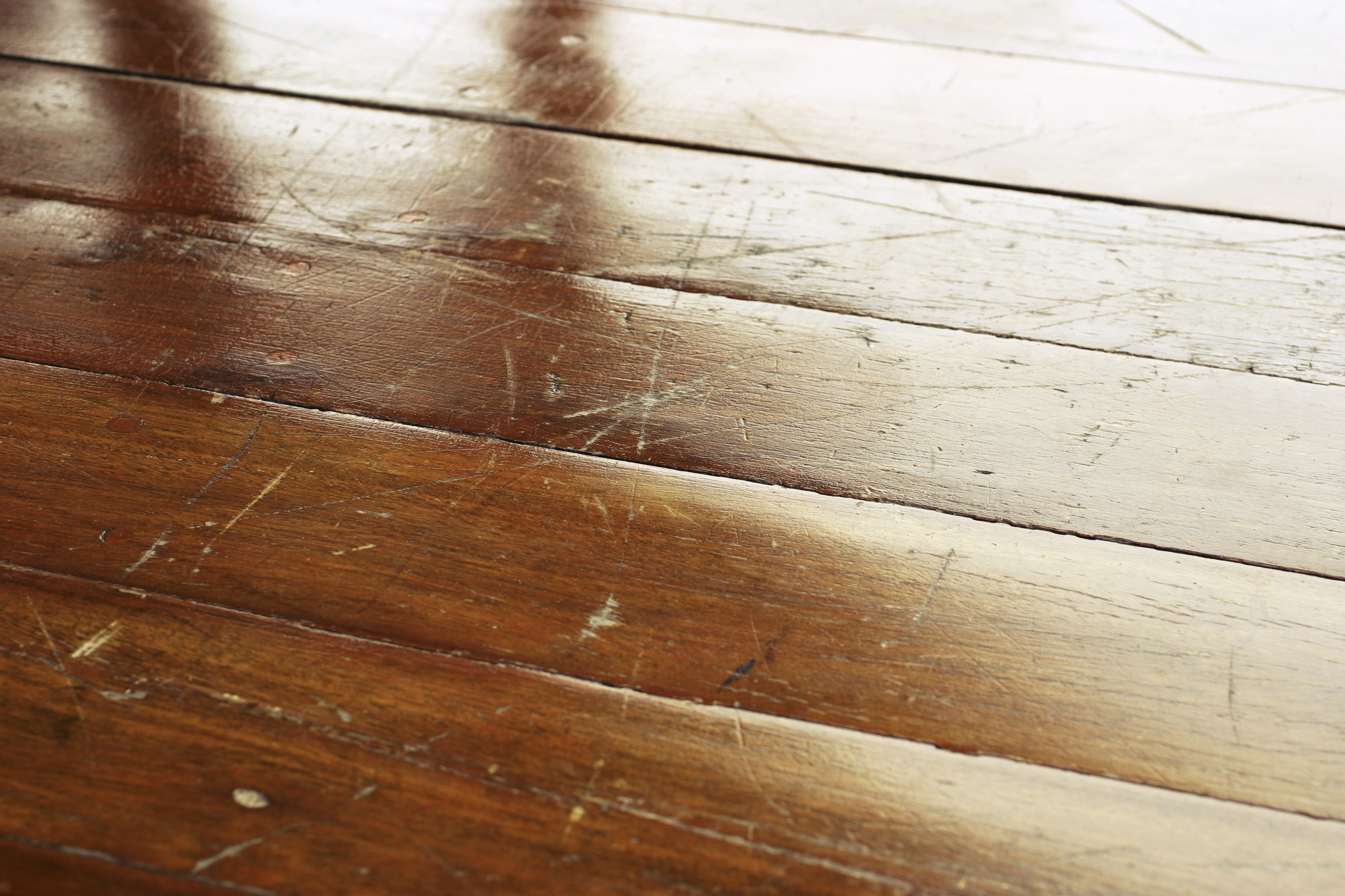 9 things you39re doing to ruin your hardwood floors without for How to get scratches out of bamboo floors