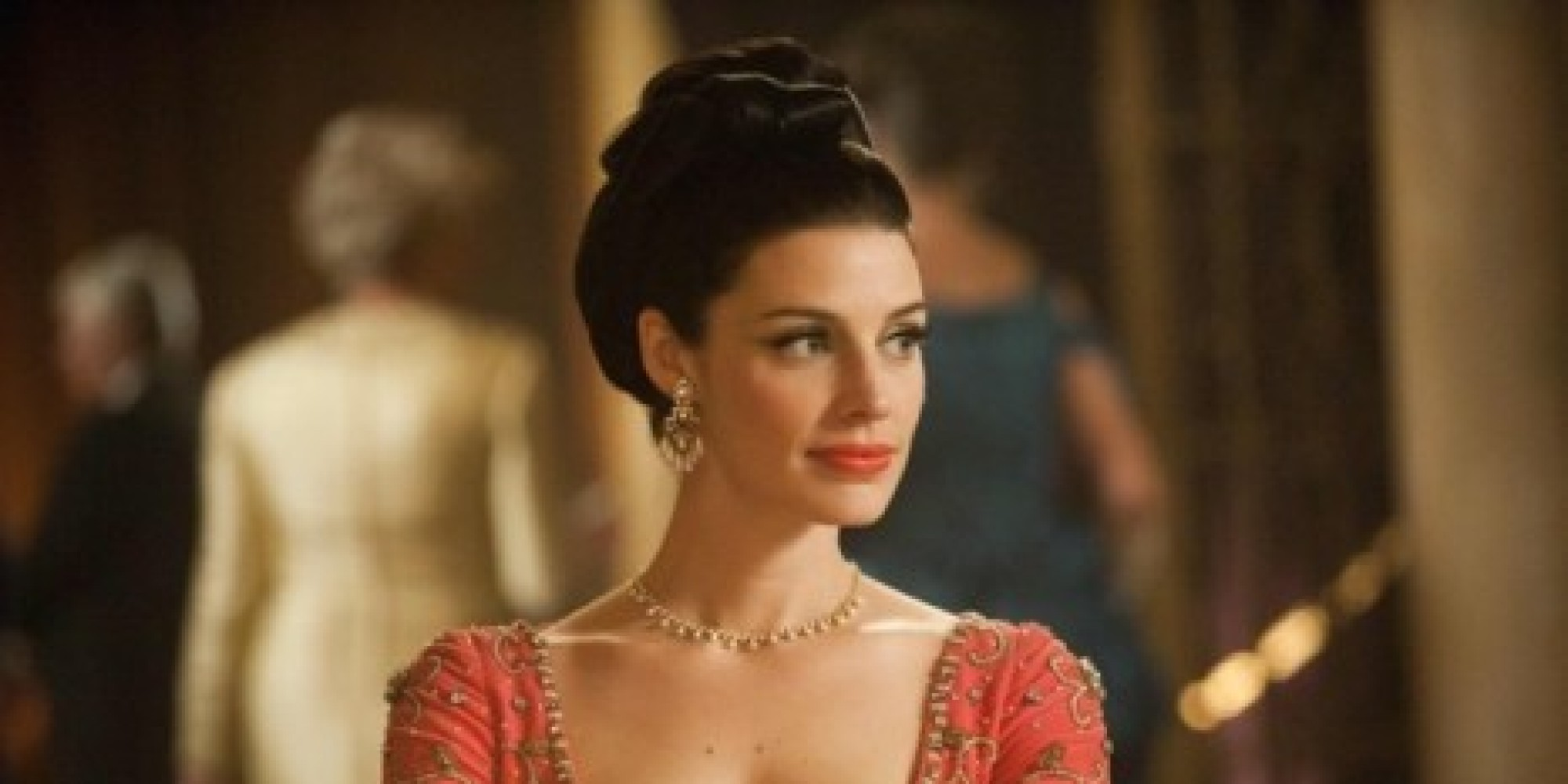 'Mad Men' Star Jessica Pare Finds Her Love For Junk Food ...