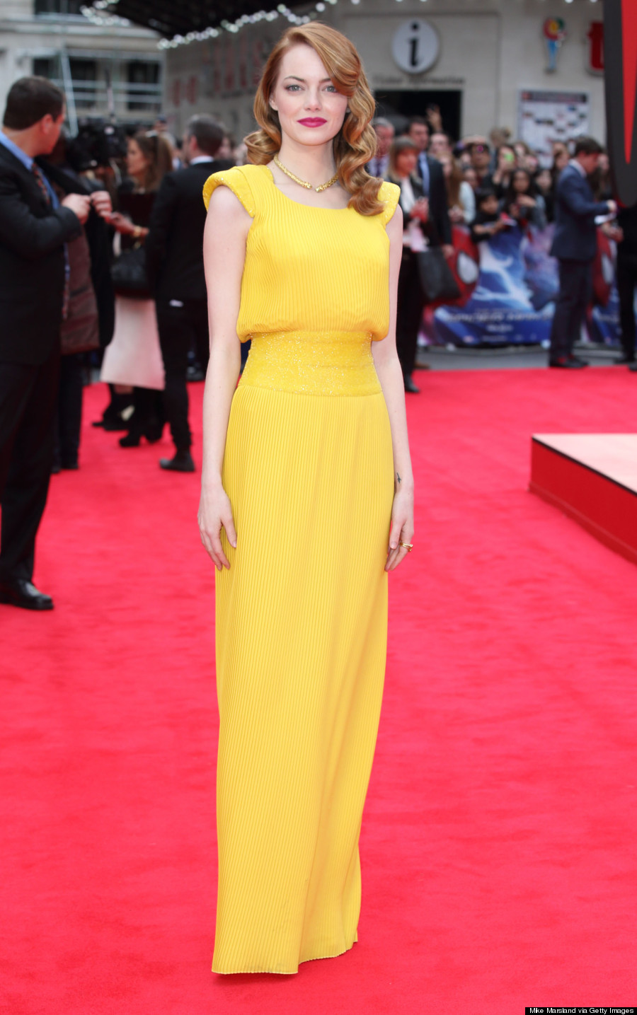 Emma Stone's Yellow 'Amazing Spider-Man 2' Versace Dress Is Iconic ...