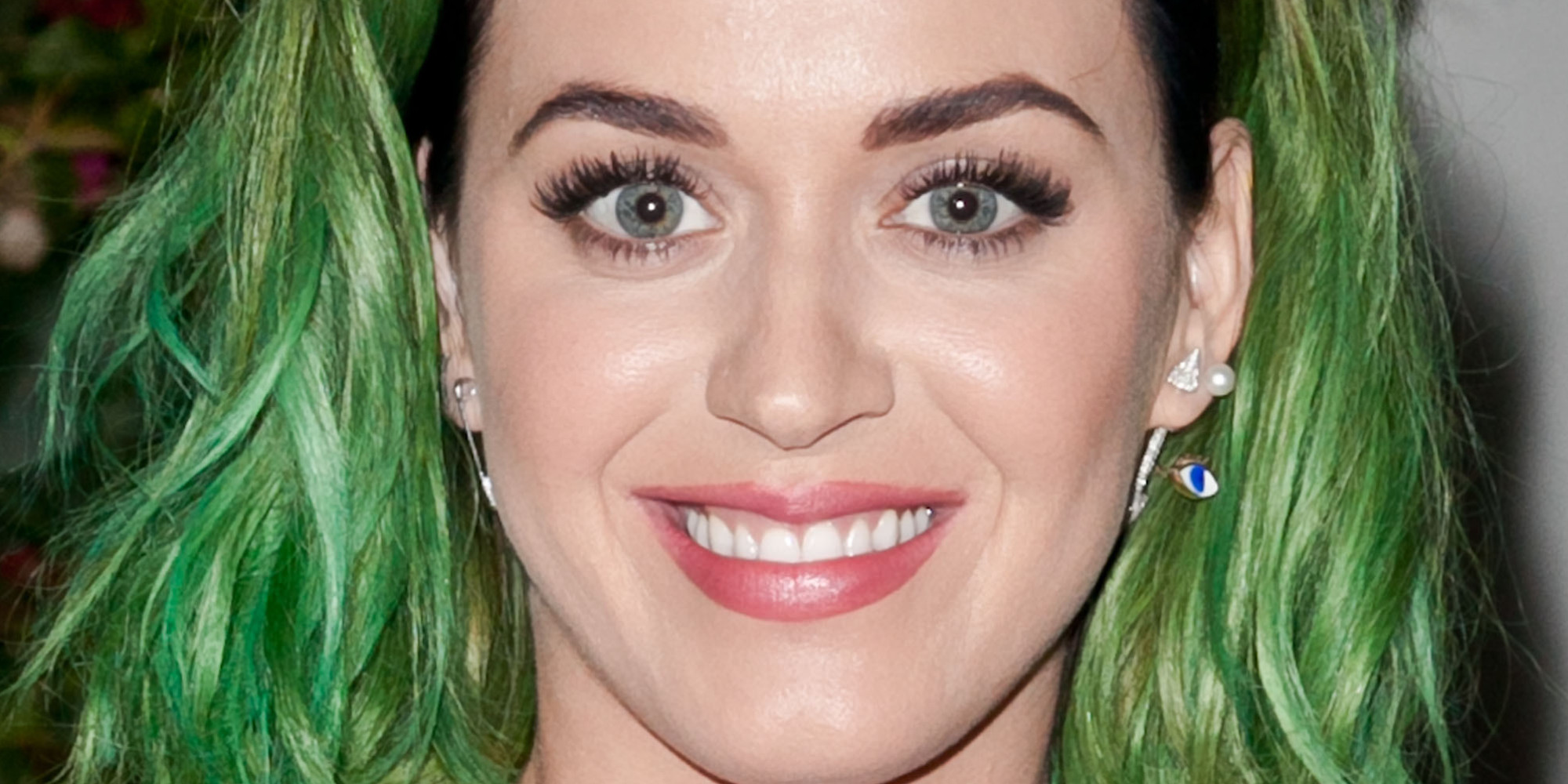 Celebs Take Bold Risks On This Week's Best & Worst Beauty List: www.huffingtonpost.com/2014/04/13/celebrity-beauty-risks-best-worst...