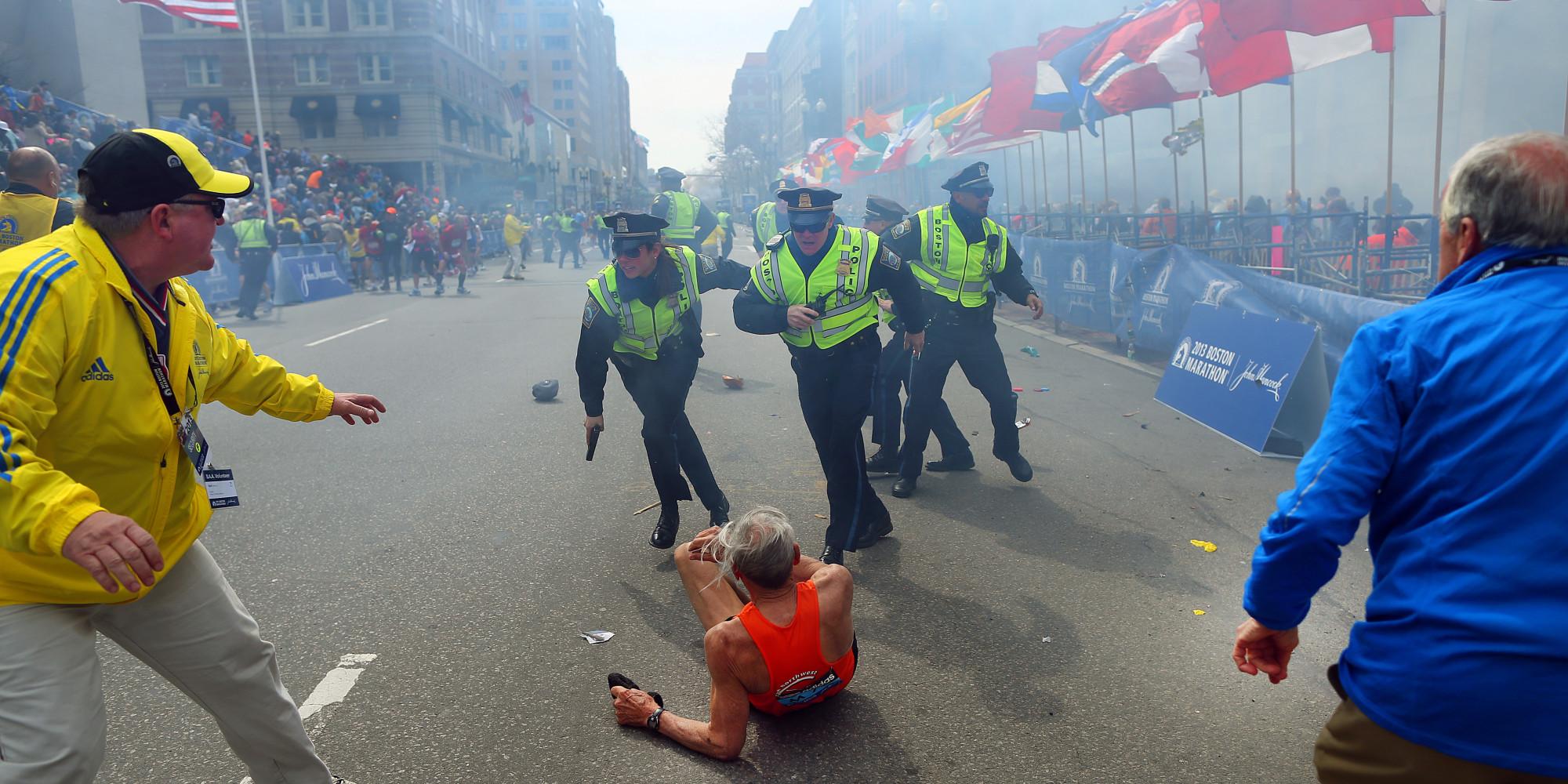 photographer relives taking iconic boston marathon bombing