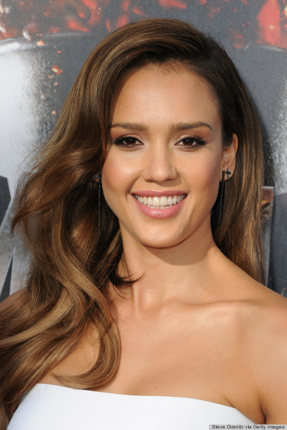 jessica alba red carpet