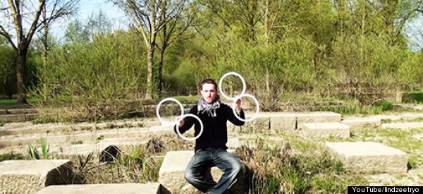 This Juggler Created An Utterly Mesmerizing Optical Illusion With Just Four Rings