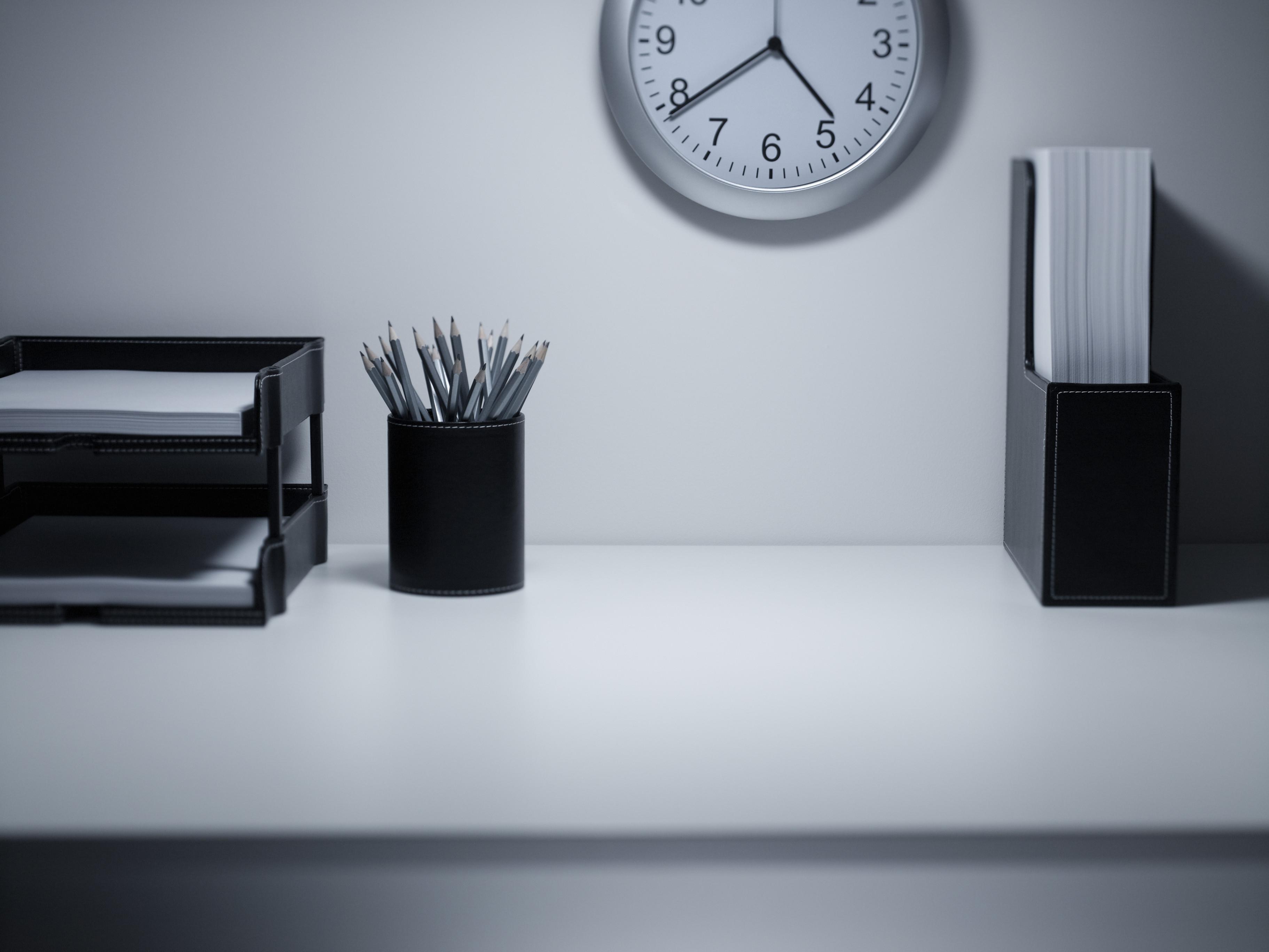organise desk