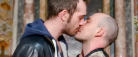 GAY COUPLE VATICAN