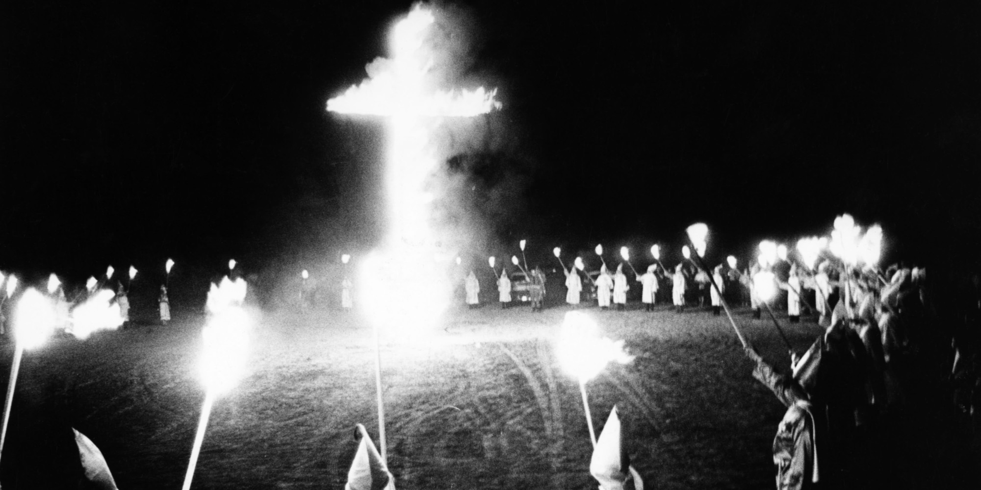 ku klux klan essays The ku klux klan was founded by six veteran soldiers of the confederacy after the loss and the abolishment of slavery with the thirteenth amendment of the us constitution their priorities and motives were about overthrowing the republicans who ended white supremacy and maintaining it once again (mcveigh, r 2009.