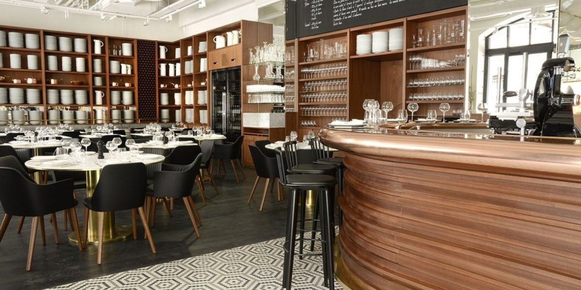a good dinner in a paris railway station restaurant lazare the huffington post. Black Bedroom Furniture Sets. Home Design Ideas