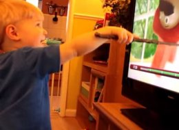 This Toddler Could Not Be More Excited To Discover He's A Wizard