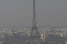 Smog in Paris | Pic: AP