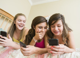 How Worried Should Parents Be About Teens On Tinder?
