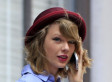 Taylor Swift Tries To Bring Back An Old Trend In This Edition Of Accessories Of The Week