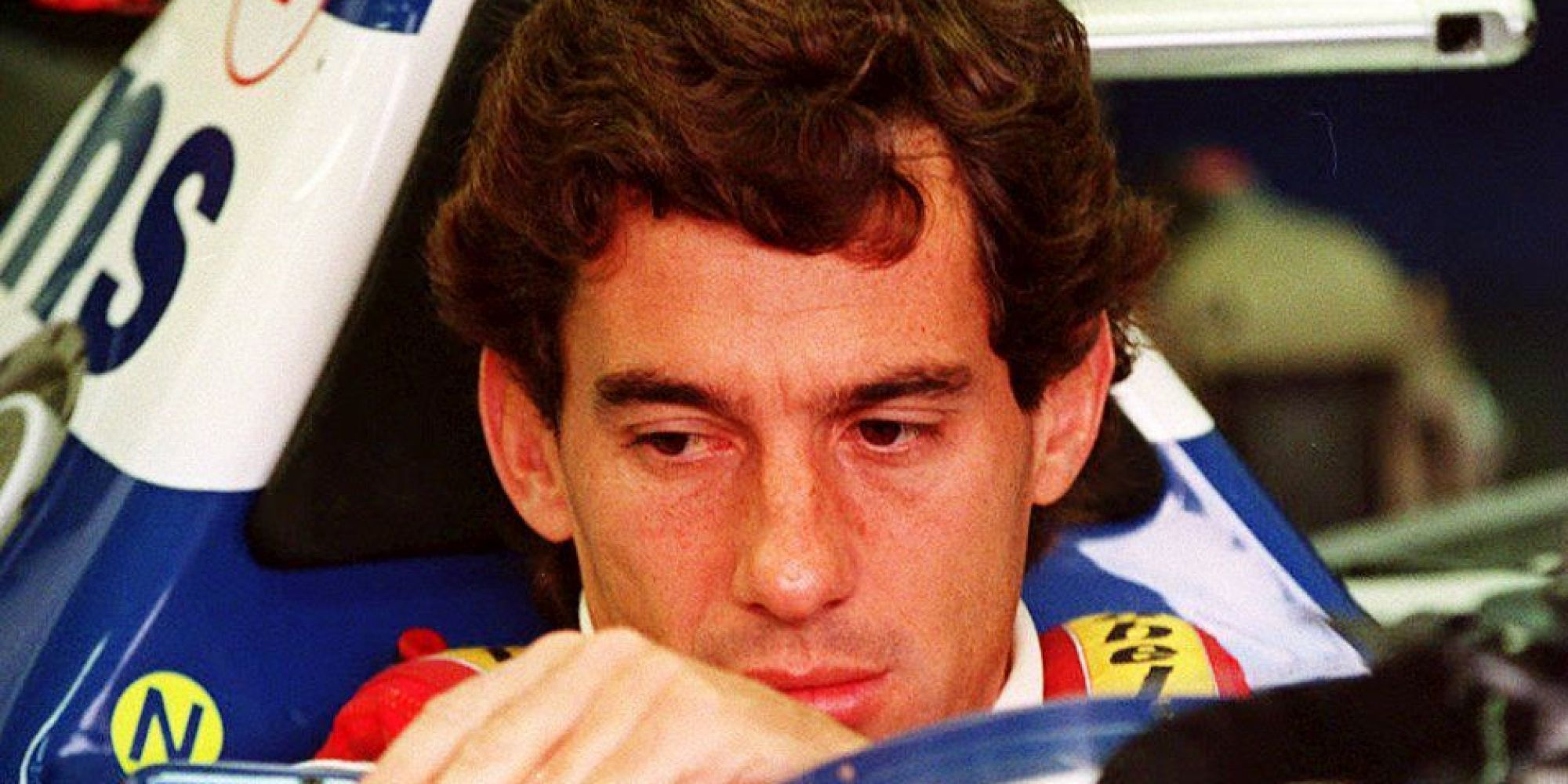ayrton senna crash 20th anniversary of f1 champion 39 s death pictures huffpost uk. Black Bedroom Furniture Sets. Home Design Ideas