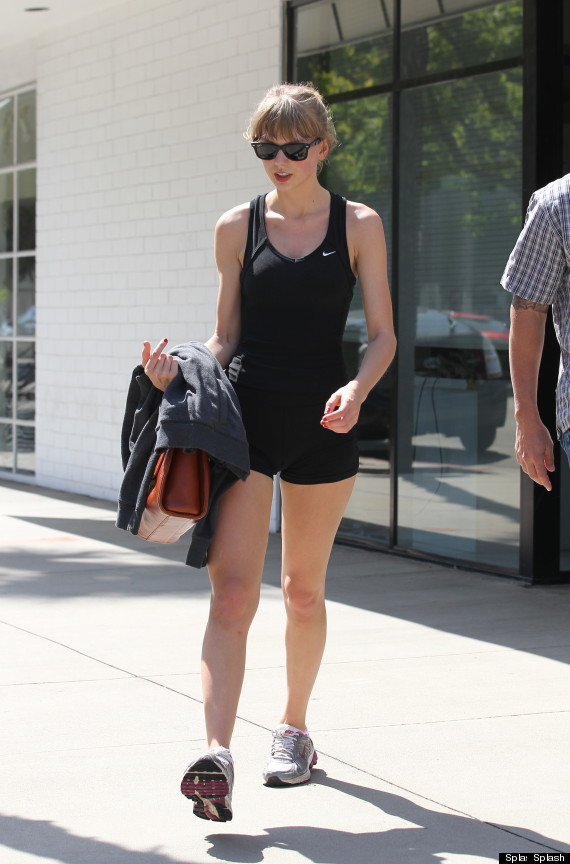 Taylor Swift Hits The Gym In Short Shorts Photo Huffpost