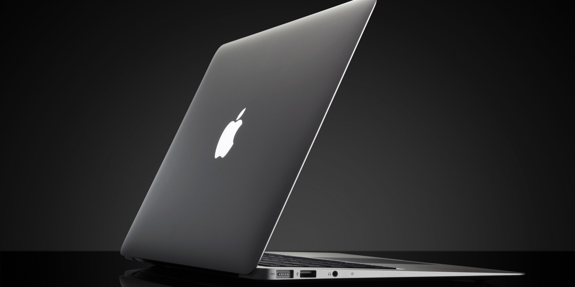 apple 39 s new macbook air is its cheapest one ever. Black Bedroom Furniture Sets. Home Design Ideas
