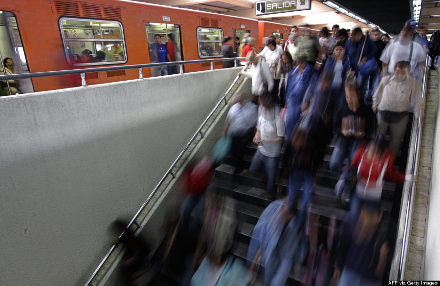 mexico city commuters