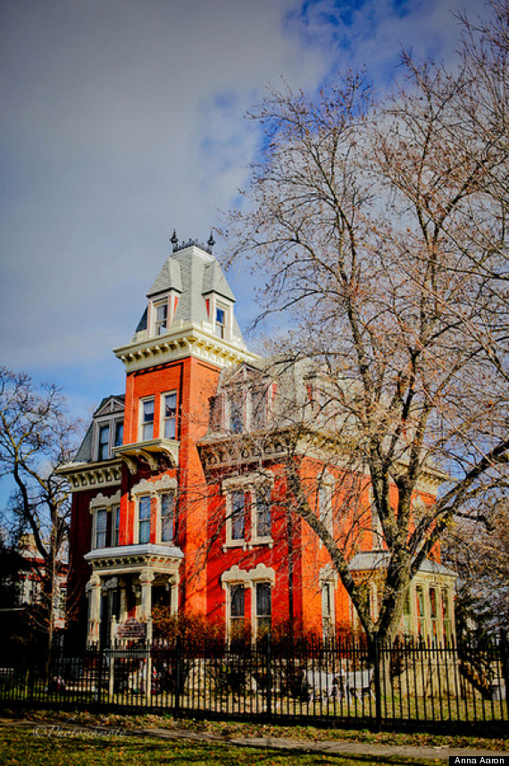 Cheap Mansions For Sale Pleasing Historic Mansion Is Shockingly Cheap  But There's A Big Catch Design Inspiration
