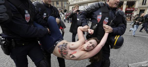 r-FEMEN-PARIS-600x275