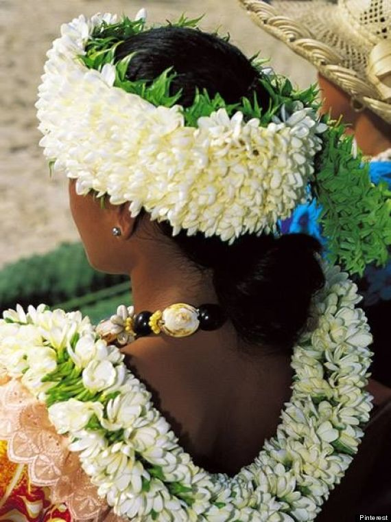 Since The Hawaiian Language Doesn T Distinguish Between Singular Or Plural Lei Means One And Many Although Colloquially We Tend To Use Leis As