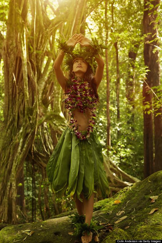 traditional hawaii lei