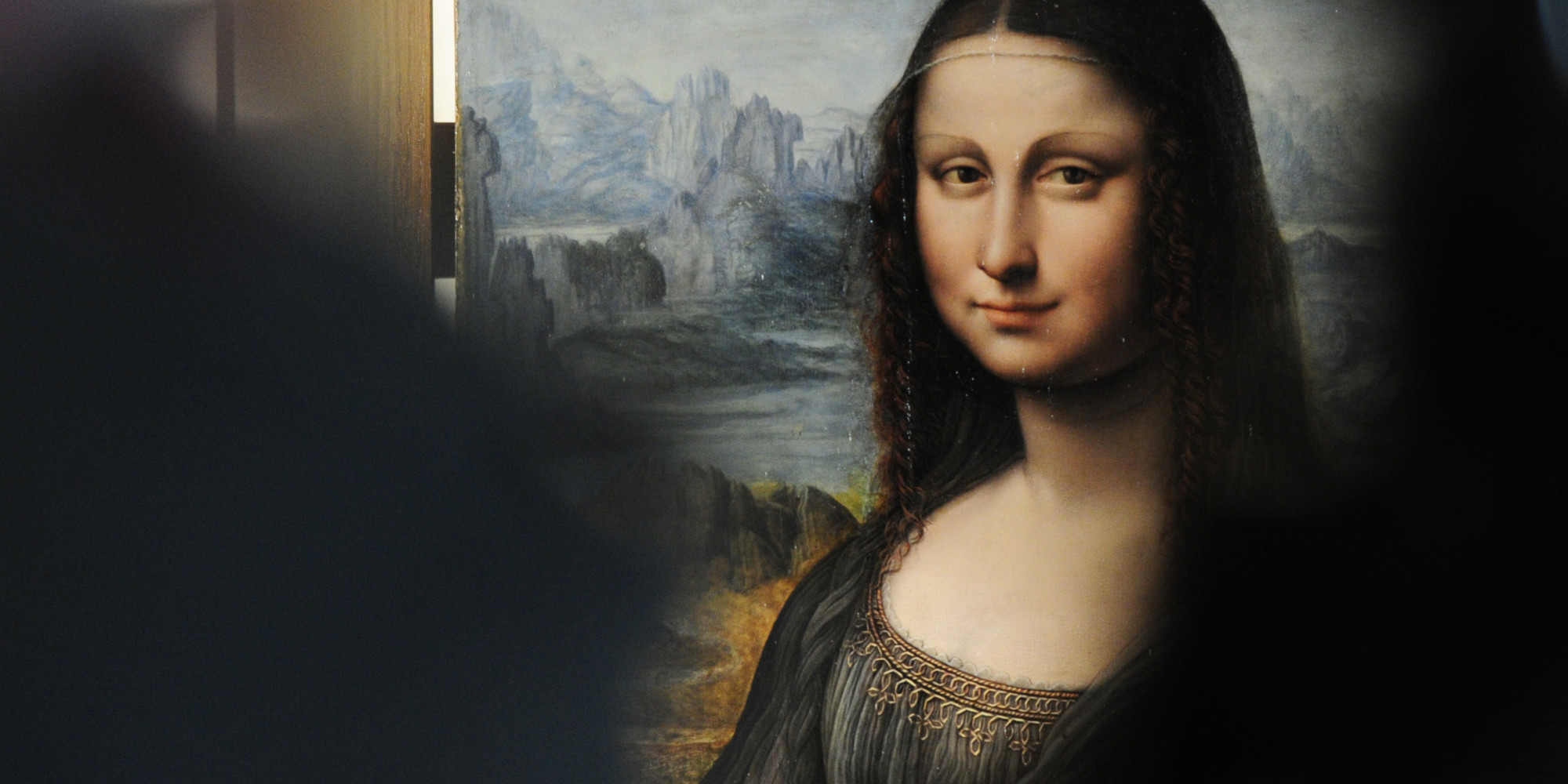 the 39 mona lisa 39 just might be part of history 39 s first 3d image researchers claim huffpost. Black Bedroom Furniture Sets. Home Design Ideas