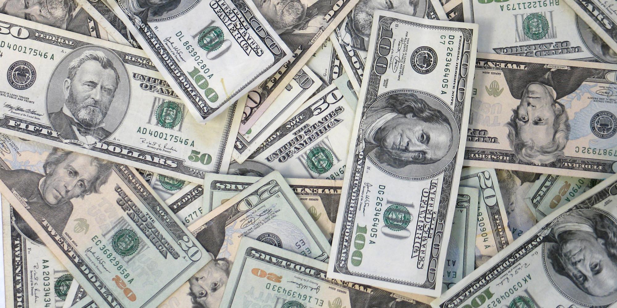 Projeto de lei tenta regulamentar apostas online de partidas de  #736A58 2000 1000