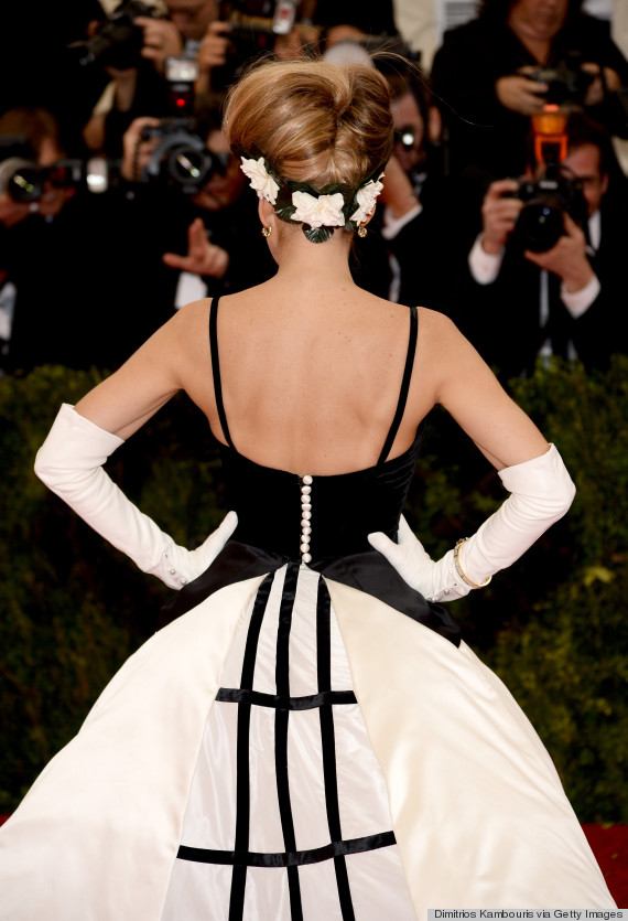 sjp from behind met