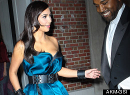 Kim Flashes Her Pants... Again (PICS)