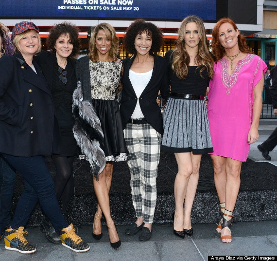 9 Cast Reunions Then And Now: 'Clueless' Stars Reunite After 19 Years For Special