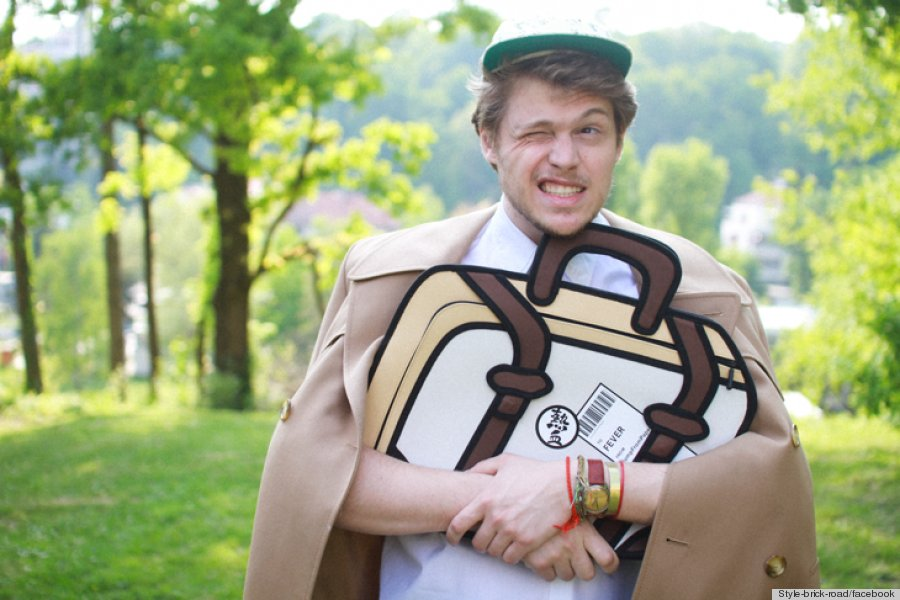 JumpFromPaper 2-D Bags Make You Look Like A Cartoon   The ...