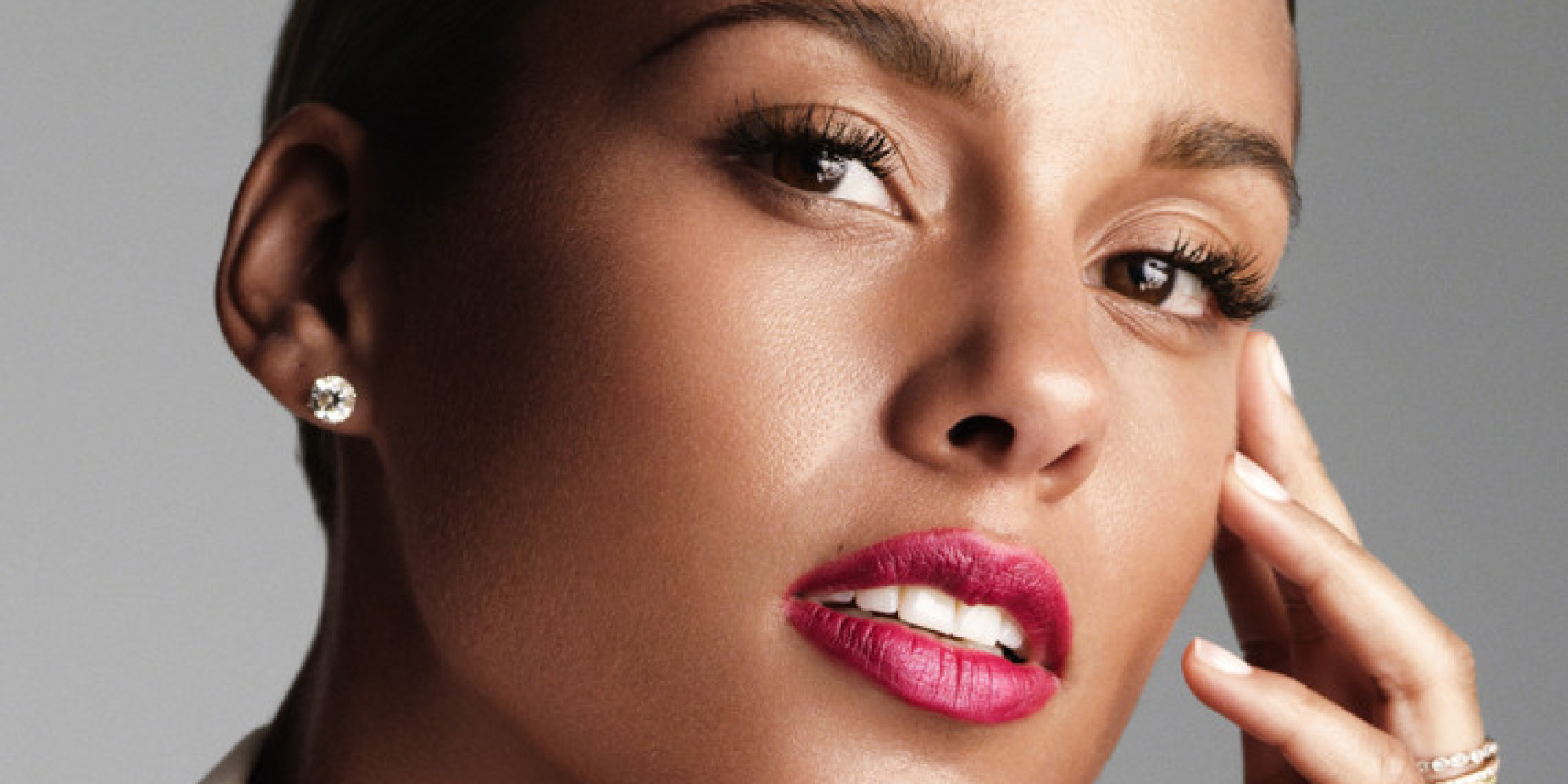 Alicia Keys Named New Face Of Givenchy Perfume, Marking Star's First ... Alicia Keys