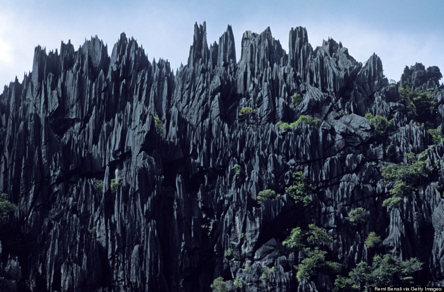 new caledonia cliffs