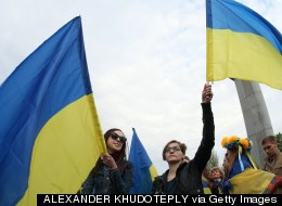 HUFFPOLLSTER: Poll Finds Ukranians Favor Unity