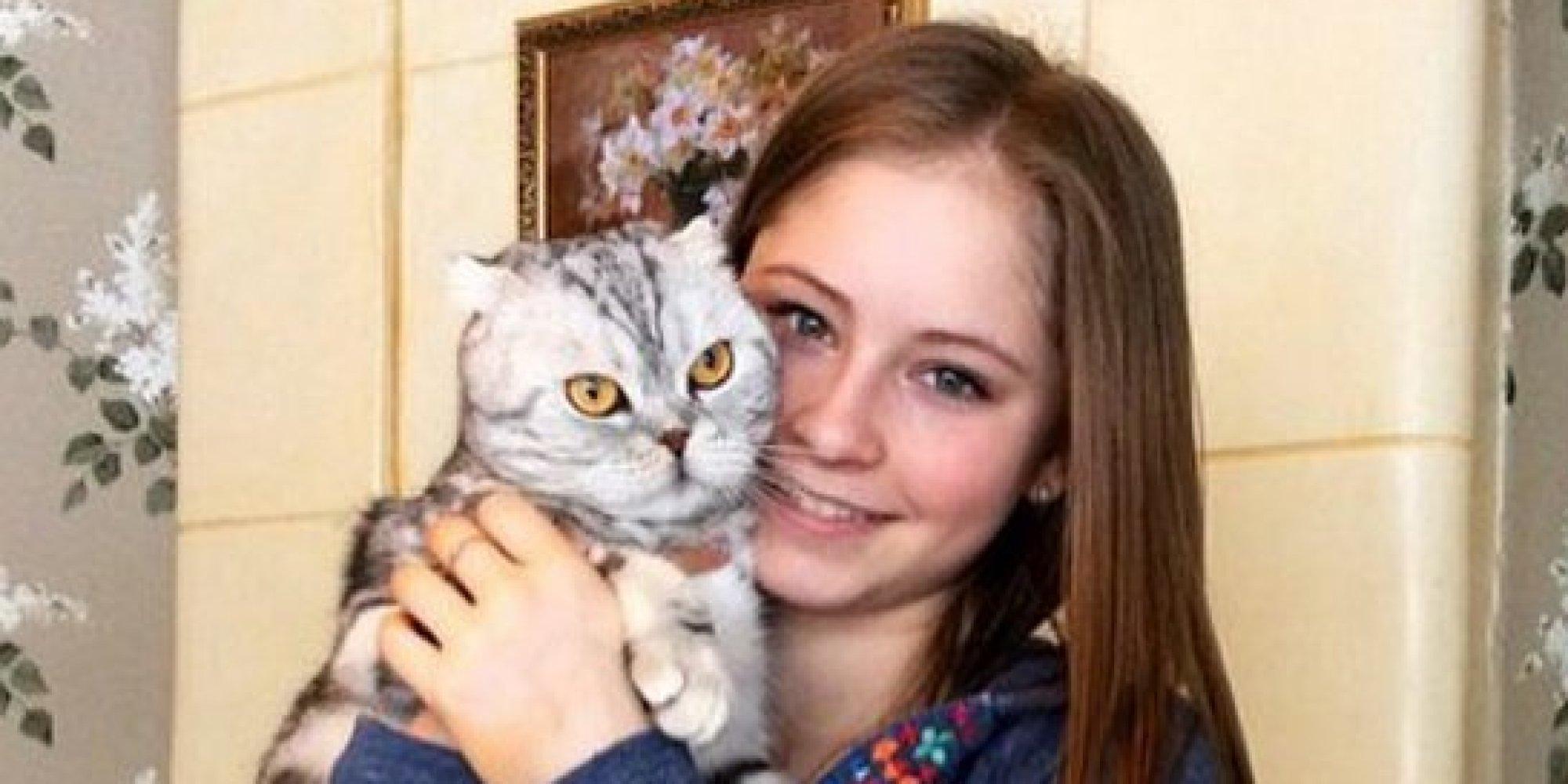 リプニツカヤは猫が好き? リラックスした笑顔のオフショットをInstagramに投稿【画像】