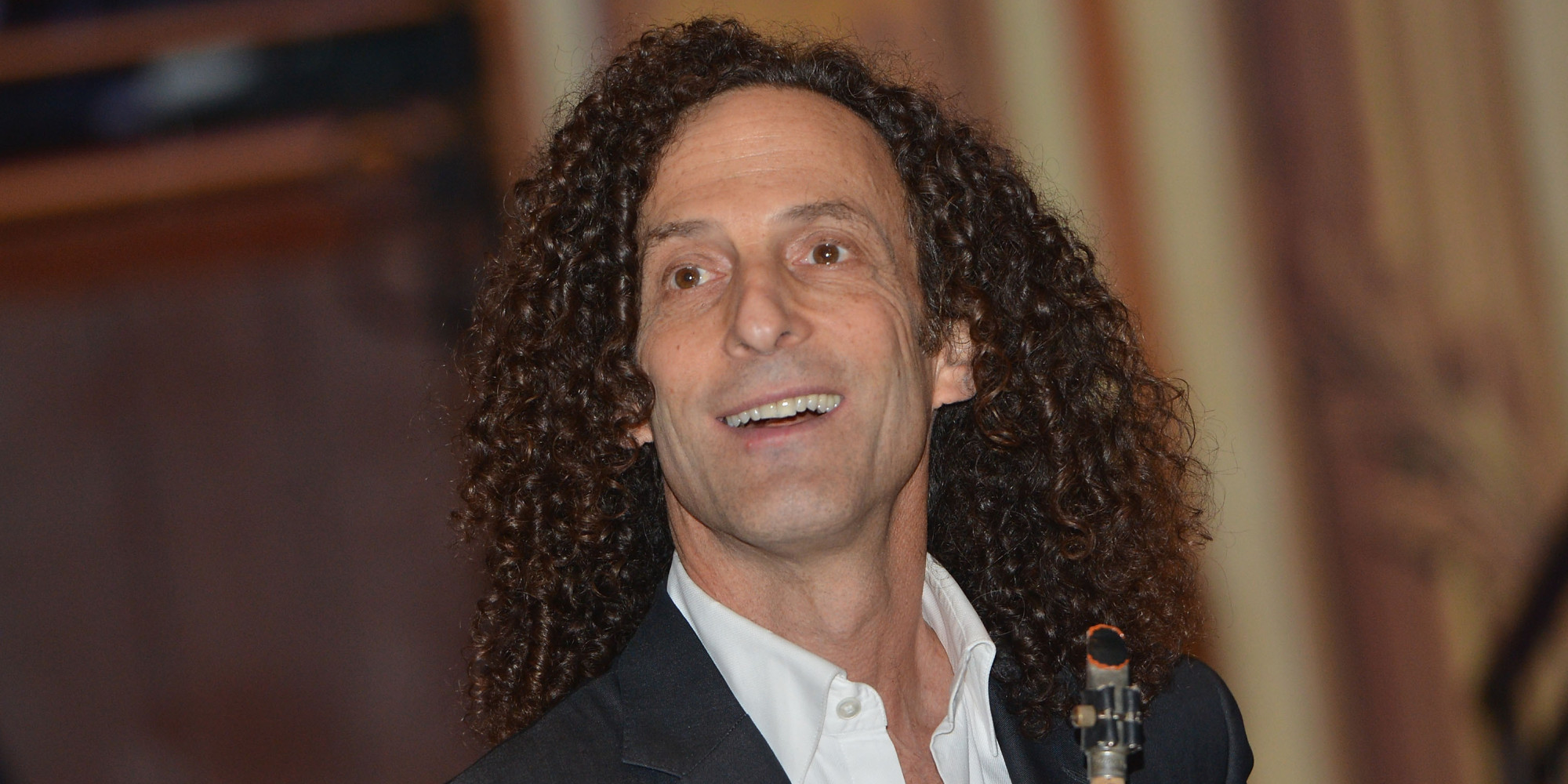 China Plays Kenny G's 'Going Home' On Loop Every Single Day At Closing ...