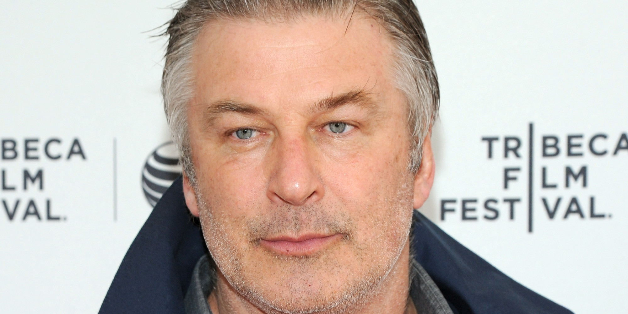Alec Baldwin Arrested In New York City, Goes On Twitter ... Alec Baldwin Facebook