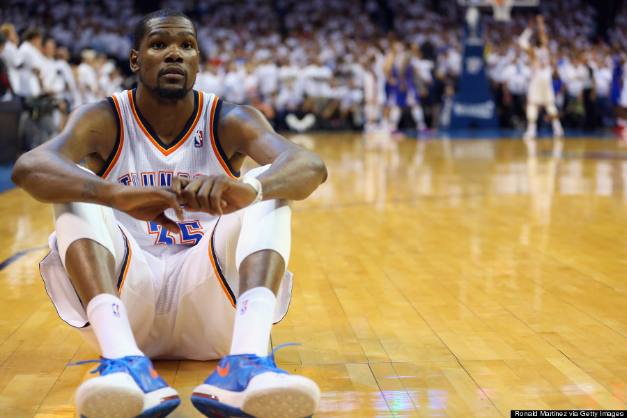 Kevin Durant Couldn't Look During Russell Westbrook's Free ...