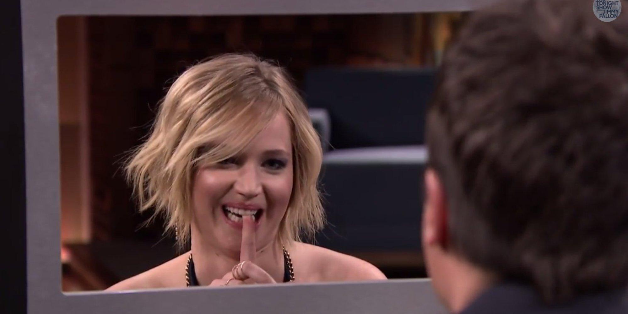 Jennifer Lawrence Plays 'Box Of Lies' With Jimmy Fallon ...