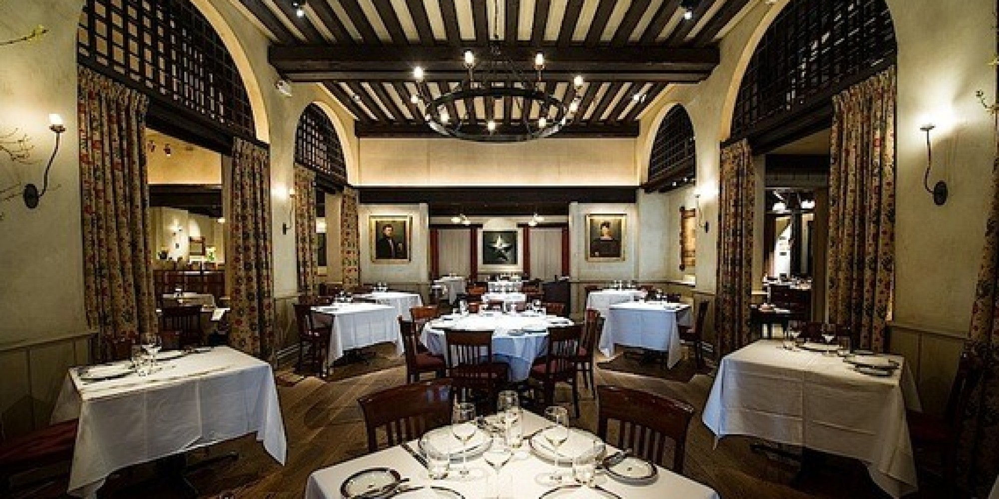 New York's Gramercy Tavern Sails Through Two Decades with ...