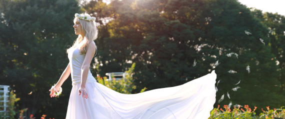 Wedding Dresses Under $1000: Affordable Gowns You Will