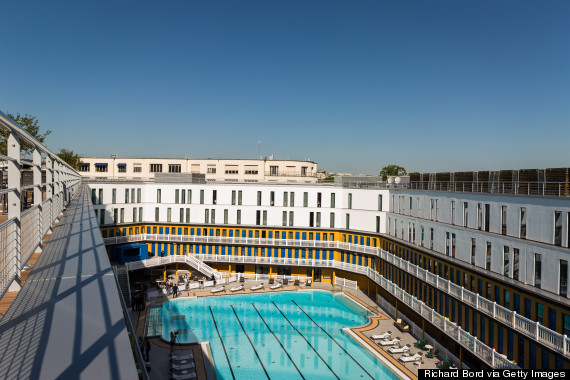 As if paris couldn 39 t get any chicer they go and reopen for Piscine molitor pool