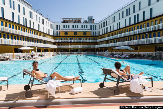 As if paris couldn 39 t get any chicer they go and reopen for Piscine hotel paris