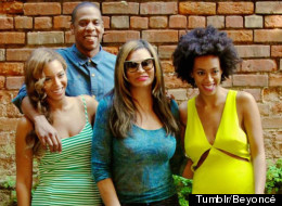 Knowles/Carter Family Put On United Front