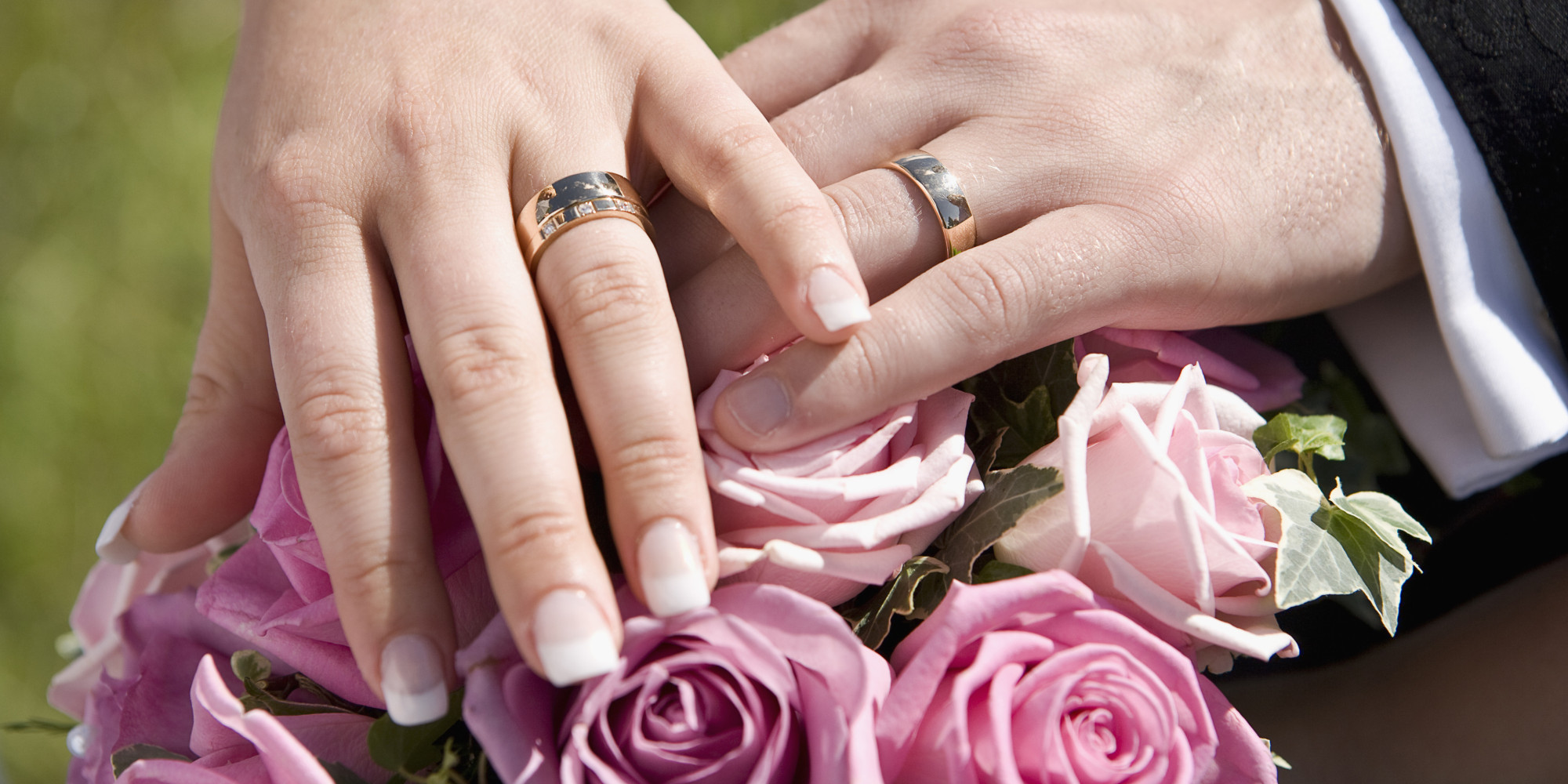 Wedding Ring Poses - Image Wedding Ring Imagemag.co