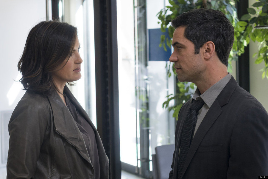 The Major Problem With Law Order Svu This Season Huffpost